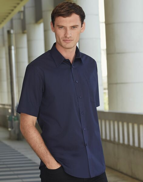 Photo of 65116 Men's Short Sleeve Poplin Shirt